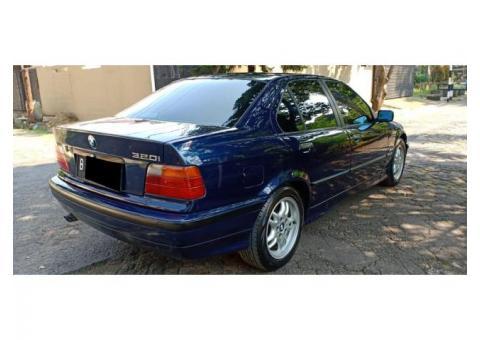 BMW 320 automatic E36 M52 Vanos Th 1995