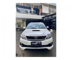 Toyota Fortuner TRD vnt turbo diesel Th 2015 Tgn1