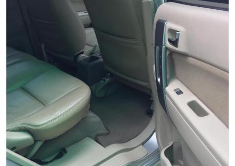Toyota Rush tipe S matic 2011 warna Silver Ors
