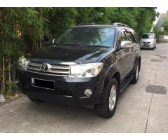 Toyota Fortuner 2.7 G bensin matic th 2009 warna Hitam Ors