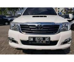 Toyota Hilux G 2.5 Double Cabin 4x4 M/T 2013