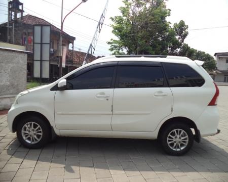 Harga Daihatsu Xenia 1.3 Xi 2015